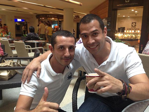 Con mi hermano Camilo Vera en Medellin