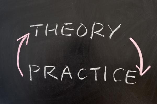 Destruye la teoría, construye con la práctica