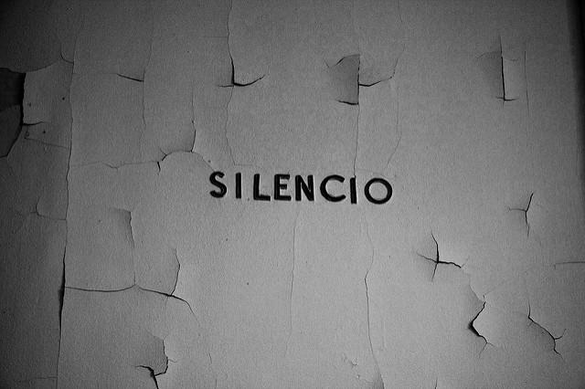 Por qué ser callado no significa ser raro