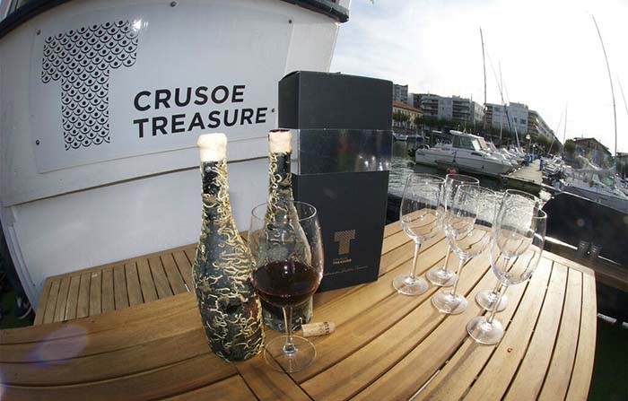 Productos singulares: Crusoe Treasure vino submarino