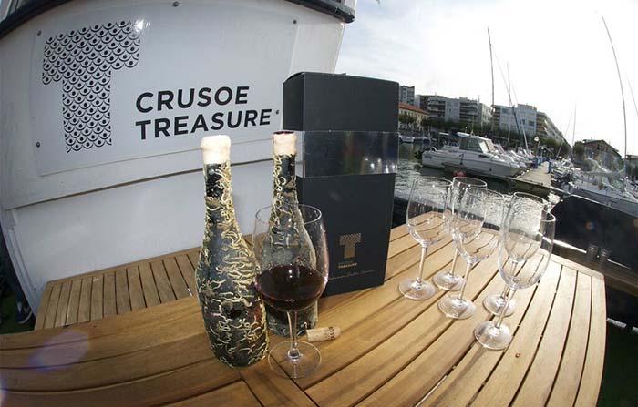 Productos singulares: Crusoe Treasure vino submarino
