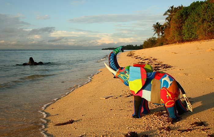 Ocean Sole Africa, piezas de arte realizadas con chanclas recicladas