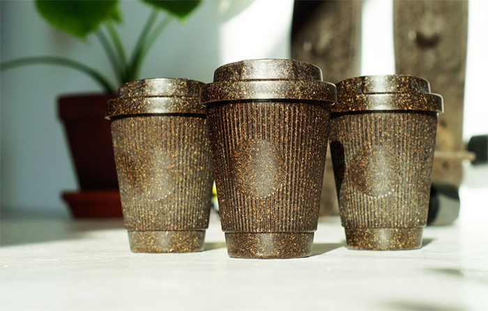 Kaffee Form, tazas de café sostenibles hechas con residuos de café