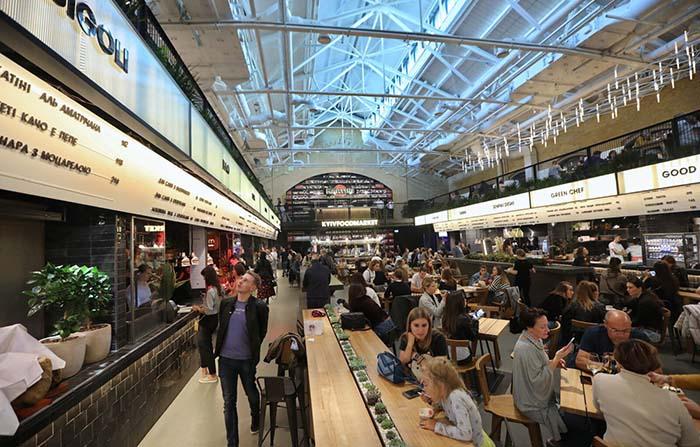 Kyiv Food Market, de espacio militar a mercado con encanto