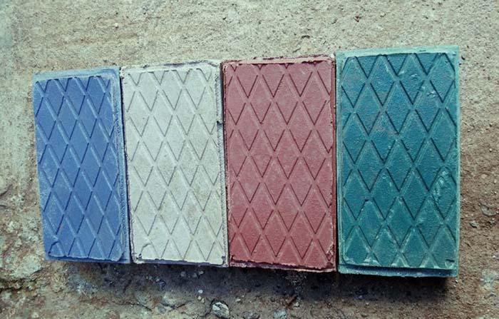 Gjenge Makers, startup que convierte el plástico en ladrillos y adoquines