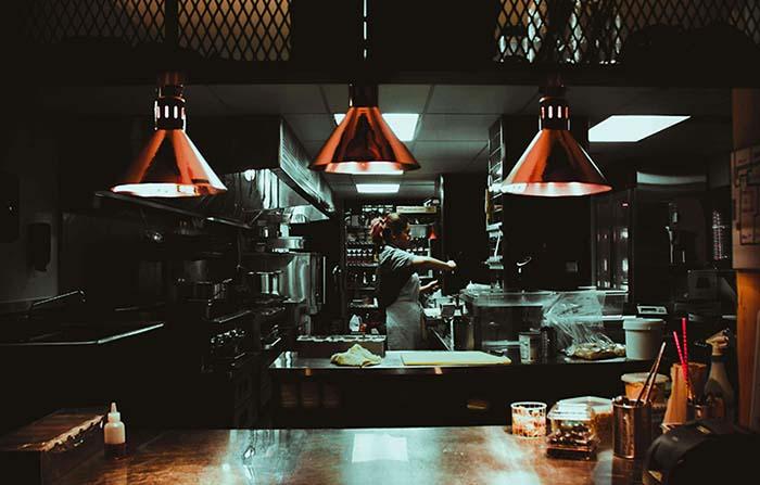 Dark Kitchen (1), el concepto gastro que ha revolucionado el delivery